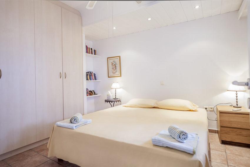 Room 4-9