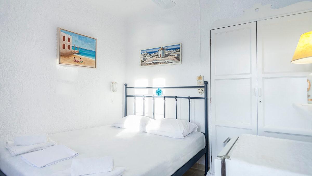 Room 6-4